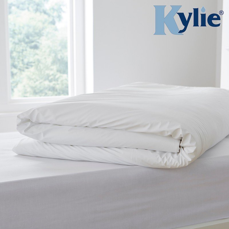 Kylie® Waterproof Wipe Clean Double Duvet